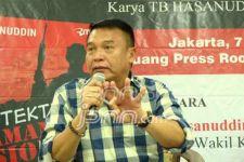 TB Hasanuddin Memprediksi Jokowi Keluarkan Surpes Calon Panglima TNI Setelah PON - JPNN.com