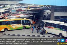 Jelang Larangan Mudik Lebaran 2021, Harga Tiket Bus di Terminal Kampung Rambutan Naik Drastis - JPNN.com