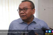 Rakit Becak, Wakil Ketua DPRD Cuek Tabrak Perda - JPNN.com