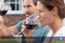Sering Minum Alkohol? Dokter Astrid Ingatkan Hal Penting ini - JPNN.com