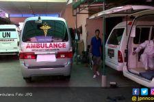 Akal-akalan Warga Biar Bisa Mudik, Sampai Mengibuli Petugas Ambulans - JPNN.com