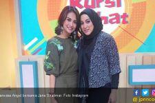 Sering Berbeda Prinsip, Vanessa Angel Tetap Bersahabat dengan Jane Shalimar - JPNN.com