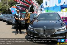 BMW Serahkan 15 Mobil Seri 740Li Untuk Keperluan Atlet dan Panitia Blibli Indonesia Open 2019 - JPNN.com