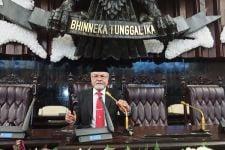 Pemerintah Bakal Mengimpor Garam 3 Juta Ton, Begini Reaksi Senator Abraham - JPNN.com