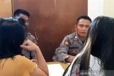 Prostitusi Online: Dua Malam 5 Wanita Penghibur itu Layani Para Pria Hidung Belang - JPNN.com
