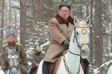 Konon Kim Jong-un Pernah Ketahuan Simpan Majalah BDSM di Tas Sekolah - JPNN.com