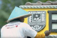 Nippon Paint Gelar CSR Perbaiki Fasilitas Umum di Desa Bocor - JPNN.com