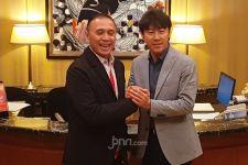 3 Asisten Baru Pendamping Shin Tae Yong Belum Datang ke Indonesia, Ini Penyebabnya - JPNN.com