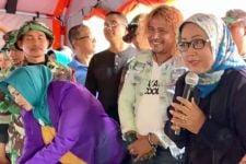 Kang Komar 'Preman Pensiun' Hibur Pengungsi Korban Bencana - JPNN.com
