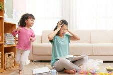 4 Cara WFH Tetap Dalam Jadwal Jam Kerja Normal - JPNN.com