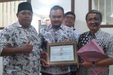 Pimpinan Forum Honorer Non-K2 Merasa Hancur Hatinya, Oh Pak Raden - JPNN.com