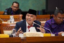 Indonesia Turun Kelas, Hergun: Kebijakan Ekonomi Pemerintah Perlu Dievaluasi - JPNN.com