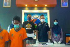 Dua Pria Digerebek sedang Asyik di Kamar dengan Bungkusan Es Krim - JPNN.com