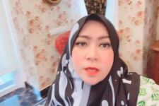 Melly Goeslaw Langsung Nangis Saat Ketemu Ibunda Syahrini - JPNN.com