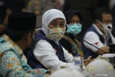 Bu Risma Sebut Surabaya sudah Zona Hijau, Begini Reaksi Khofifah - JPNN.com