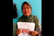 Terima Kiriman Bantuan Rp600 Ribu, Ibu 6 Anak ini Menitikkan Air Mata - JPNN.com