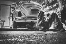 Simak! 9 Cara Merawat Mobil di Rumah Selama PSBB - JPNN.com