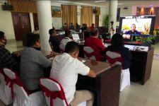 Martin Manurung Kirim APD Tenaga Medis ke Tapanuli Utara - JPNN.com