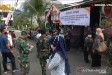 Selain Tenaga Medis, Jenderal Andika Juga Bantu Warga Terdampak COVID-19 - JPNN.com