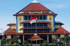 BEM Unair Kritik Buzzer dan Kampus UI Soal 'Jokowi: The King of Lip Service' - JPNN.com Jatim