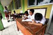 Wakil DPR Minta Pelaksanaan Sekolah Tatap Muka Ditunda - JPNN.com