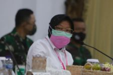 Surabaya Belum Zona Hijau, Bu Risma Diminta Tak Beri Harapan Palsu - JPNN.com