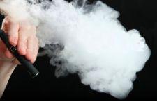 Hindari Penyalahgunaan Rokok Elektrik, Regulasi Khusus Diperlukan - JPNN.com