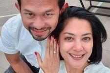 Gugatan Cerai Ditolak Majelis Hakim, Lulu Tobing Masih Berstatus Istri Bani Maulana - JPNN.com