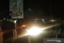 Demo Tolak TKA China Diwarnai Aksi Sweeping Malam Hari, Sempat Panas - JPNN.com