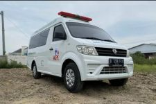 Peluang di Tengah Pandemi, DFSK Kenalkan Mobil Ambulans - JPNN.com