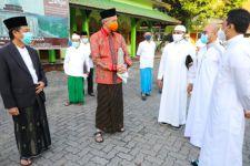 Ganjar Pilih Salat Iduladha di Sebuah Masjid Kecil - JPNN.com