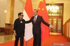 Sambangi Wang Yi, Menlu Retno Minta China Dukung Ide Indonesia Ini - JPNN.com