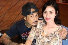 3 Berita Artis Terheboh: Istri Jerinx SID Ikut Diperiksa Polisi, Denny Sumargo Syok - JPNN.com