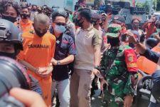Alfin Peragakan 17 Adegan Penusukan Syekh Ali Jaber, Lihat itu Mukanya - JPNN.com