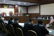 Sidang Pinangki, Majelis Hakim: Kok Jadi Becanda, Terus Terang, Saya Tersinggung - JPNN.com