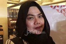 Mantan Suami Beri Jam Tangan Mewah, Sarita Abdul Mukti Bilang Begini - JPNN.com