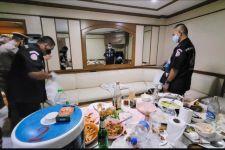 Usai Begituan di Kamar Hotel, Sopir Taksi Lalu Bersantai, Polisi Temukan Ini, Astaga.. - JPNN.com