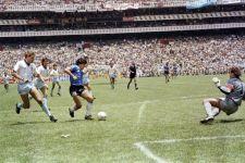 Kontroversi 'Tangan Tuhan' Maradona, Dibicarakan Sepanjang Masa - JPNN.com