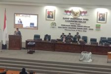 Pengamat Tegaskan Wakil Bupati Bekasi Terpilih Wajib Dilantik - JPNN.com