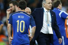 Argentina Kembali Berduka Kehilangan Tokoh Sepak Bola Legendaris - JPNN.com