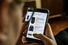 Satgas Covid-19 Minta Masyarakat Belanja Online Dibanding Berkerumun di Mal - JPNN.com