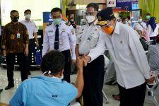 Menhub Budi Karya Puji Penerapan Protokol 3 M di Stasiun Gambir - JPNN.com