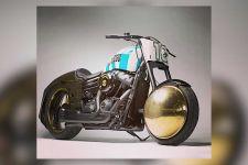 Penampakan Harley Davidson Milik Diego Maradona, Peleknya Pakai Bola Emas, Wow! - JPNN.com