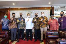 Bambang Sosesatyo Singgung Tantangan Milenial Saat Terima Kunjungan Putra Tommy Soeharto - JPNN.com