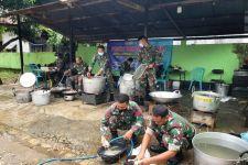 Top, Dapur Lapangan TNI AD Sajikan Ribuan Nasi Bungkus untuk Korban Banjir Kalsel - JPNN.com