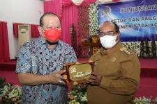Ketua DPD RI Siap Dukung Pembangunan Sorong - JPNN.com