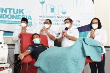 Petrokimia Gresik Mewadahi Penyintas Covid-19 Mendonorkan Plasma Darah - JPNN.com