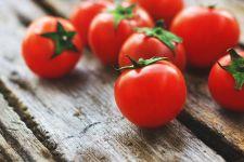 7 Manfaat Tomat untuk Kesehatan Otak - JPNN.com