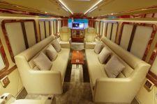Mengintip Interior Bus Khusus Keluarga Sultan, Wow! - JPNN.com