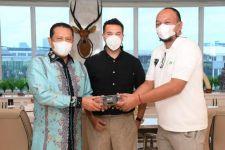 Ketua MPR Dukung Pembuatan Mobil Listrik Maung Pindad - JPNN.com